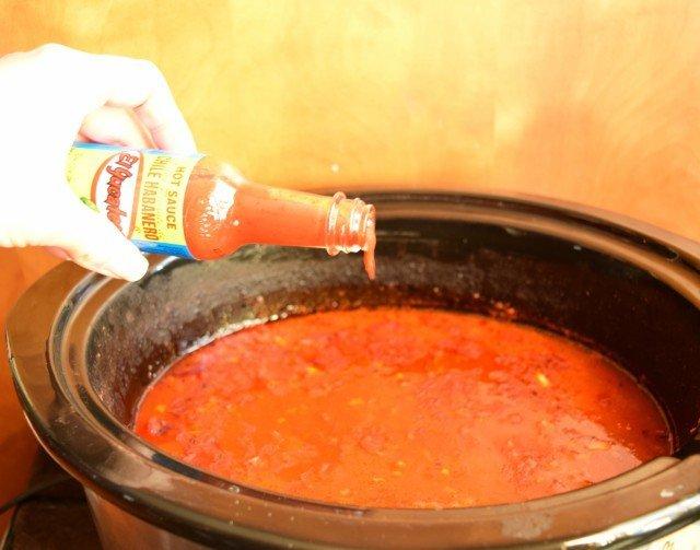 Add El Yucateco hot sauce to chili
