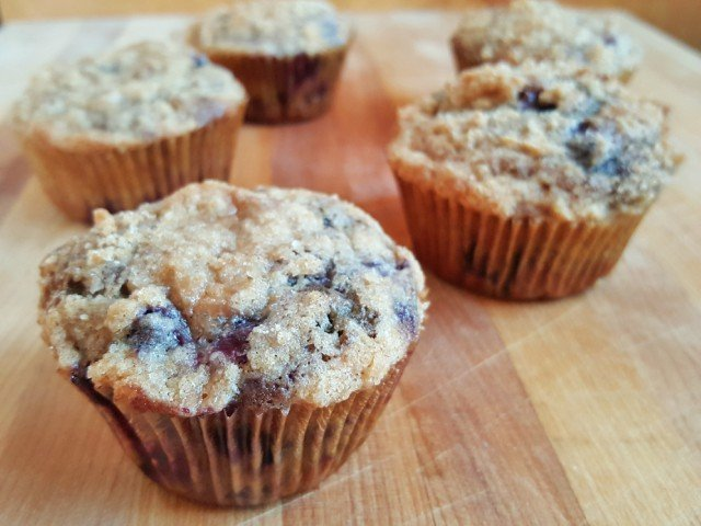 Mini blueberry coffeecakes with streusel topping