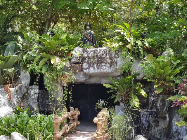 Explore a pirate cave and learn about the history of Honduras
