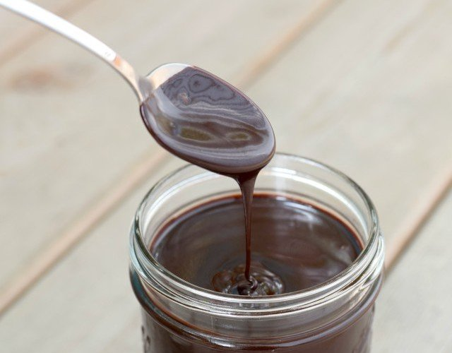 Easy and delicious espresso hot fudge sauce recipe