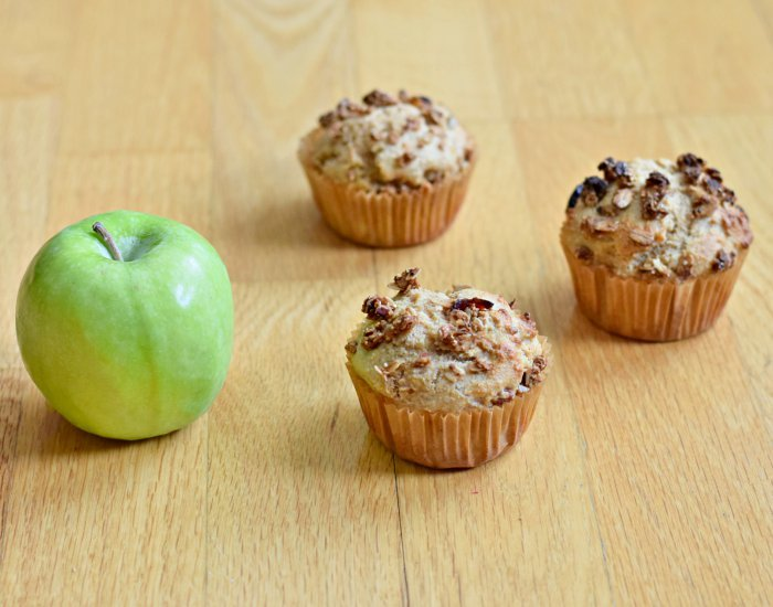 Pick up an apple cinnamon muffin with this delicious recipe