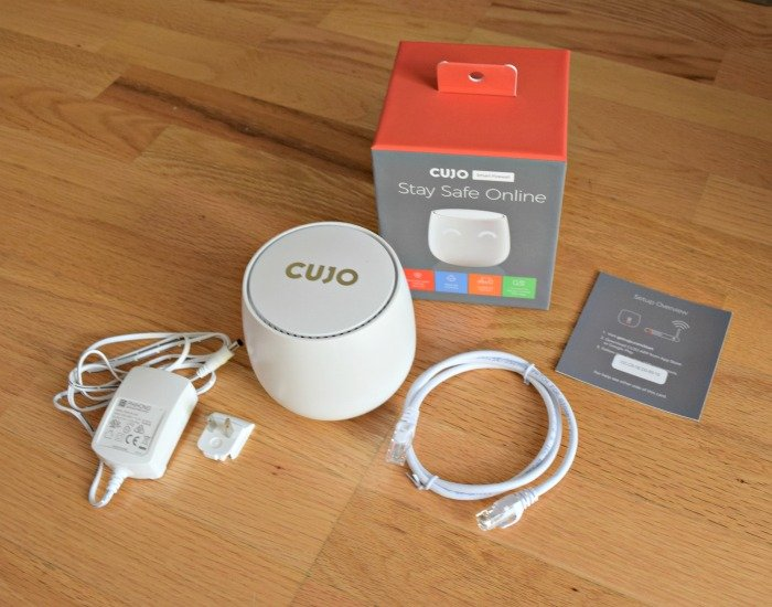 What comes in the CUJO smart firewall box