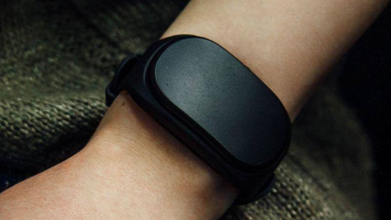 new fitness gadget ces 2016 healbe gobe 1.2