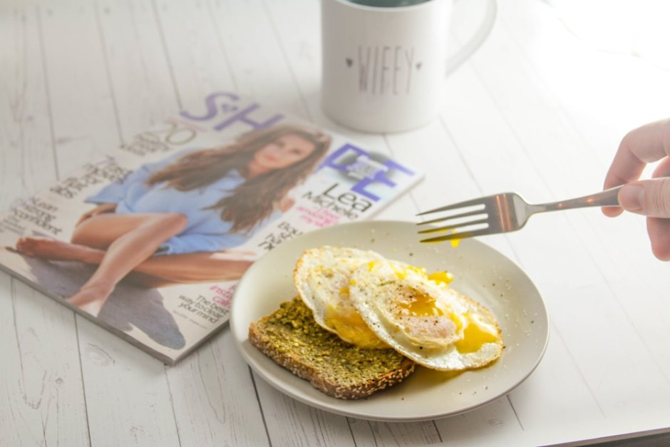 over-easy-eggs-pesto