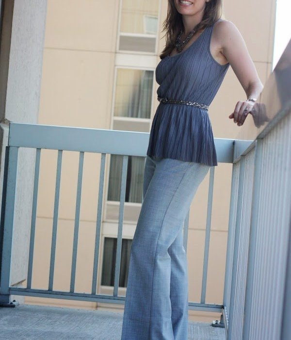 Fashionably Employed Link Up | Monochromatic Gray & Pants in the Office