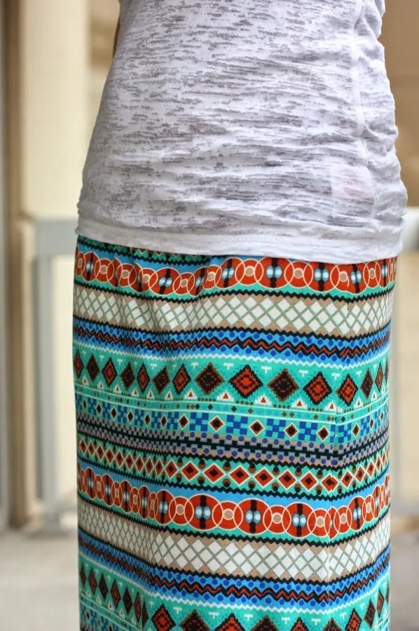 DIY patterned maxi skirt with white top