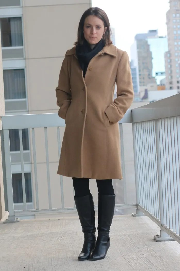 FashionablyEmployed.com | Spring Style in Chicago When It Still Feels Like Winter | black, blue and white wrap dress with camel coat | wear to work women's style, office outfit