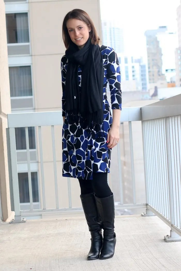 FashionablyEmployed.com   Spring Style in Chicago When It Still Feels Like Winter   black, blue and white wrap dress with camel coat   wear to work women's style, office outfit