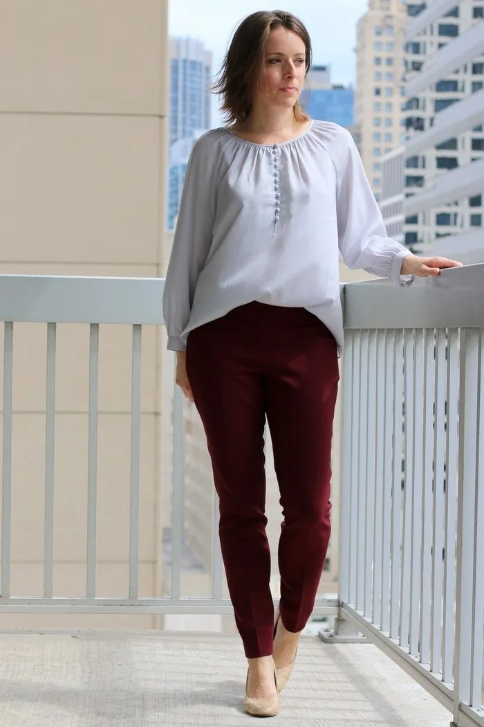 FashionablyEmployed.com | Simple, chic style for the everyday professional woman | Gray blouse with burgundy pants and neutral heels | perfecl for fall wear to work, office style for women