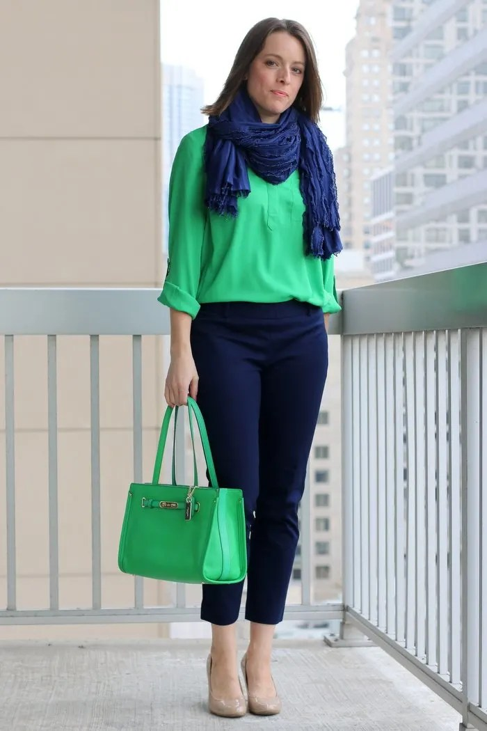 FashionablyEmployed.com | Green blouse with navy pants and green bag | Wear to Where Office Style, women's workwear