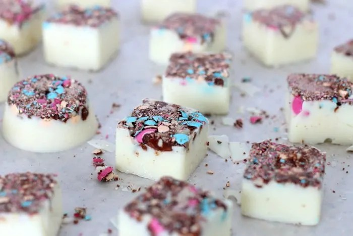 Want a quick and easy homemade treat sure to impress? Check out these easy two-ingredient homemade white chocolate candies. Click through for details and the recipe.