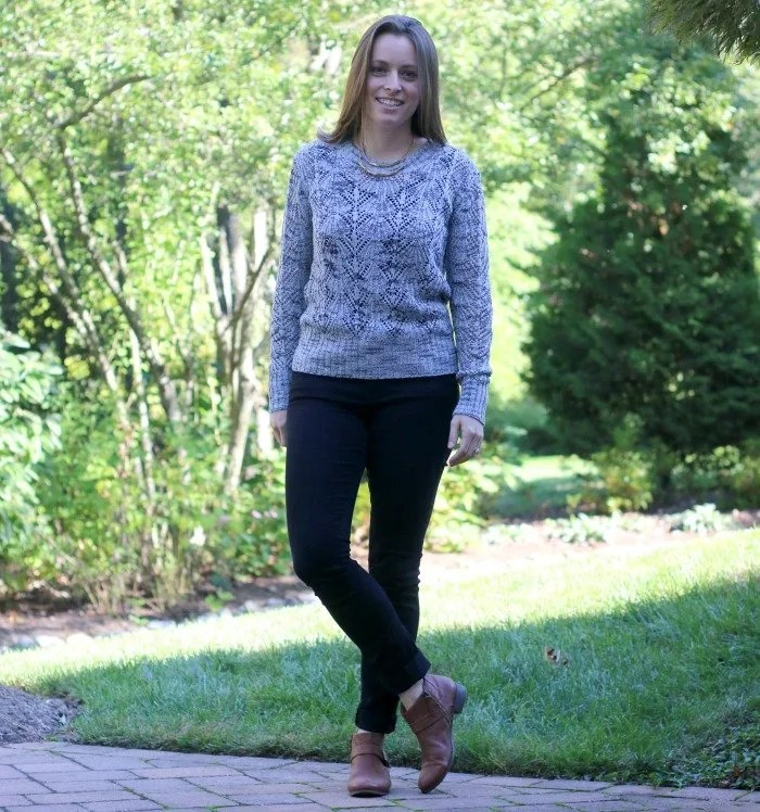 clothes-mentor-gray-sweater-with-black-jeans-and-cognac-boots-2
