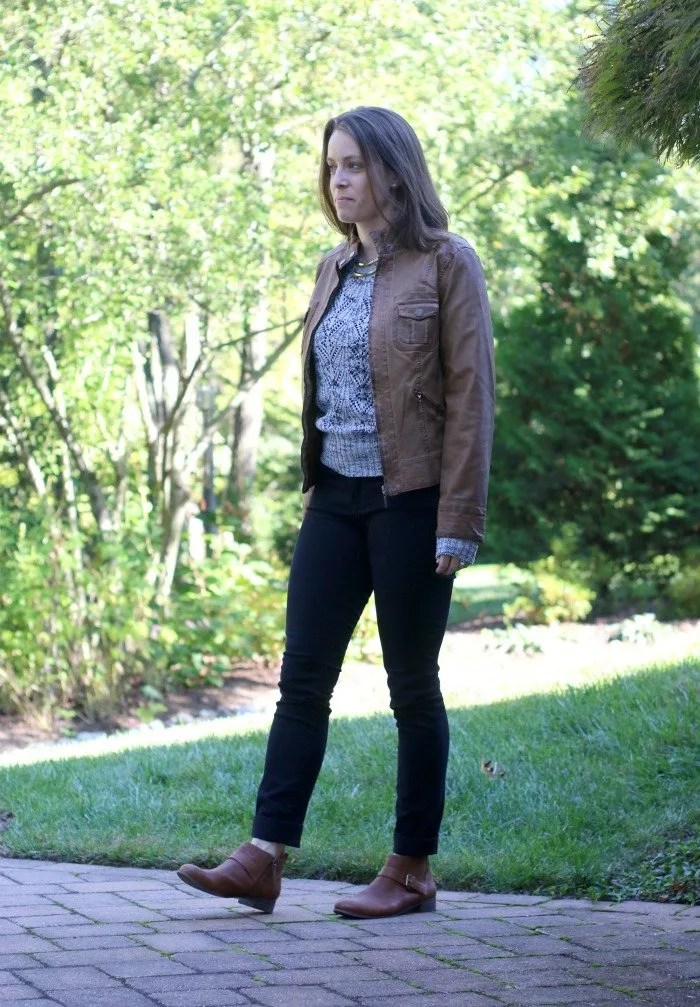 black-jeans-with-gray-sweater-and-cognac-boots-and-faux-leather-jacket-2