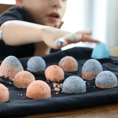 How To Make Homemade Bath Bombs With Kids