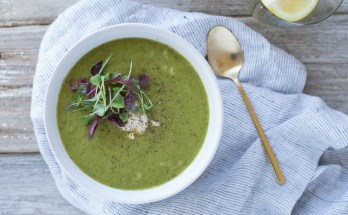 Honestly Nourished Detoxifying Green Soup | www.honestlynourished.com