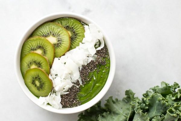 Low Sugar Green Smoothie Bowl