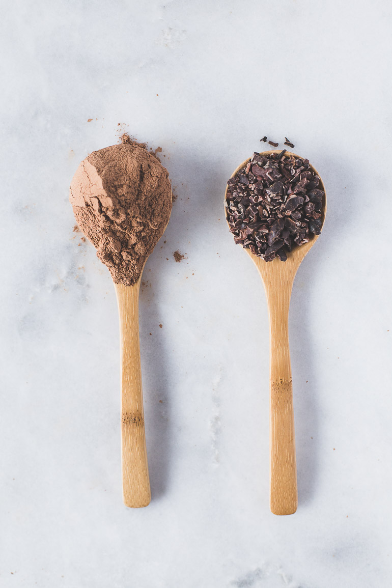 The Curated Kitchen series focuses on the health benefits of raw cacao powder and cacao nibs (aka chocolate), as well as ways to include them in healthy recipes and tips and tricks for use. Click through the full article! | Honestly Nourished | www.honestlynourished.com