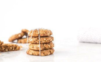 Healthier Flourless Peanut Butter Cookies | An updated take on the classic peanut butter cookie made with only seven ingredients and no refined sugar, gluten, or butter! These cookies are light and chewy with the perfect amount of peanut butter flavor. Easily make them vegan with a simple substitution. | via Honestly Nourished