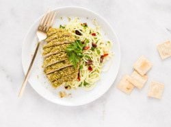 A super simple, summery paleo cracker-crusted chicken with garlicky lemon zucchini noodle (zoodle) recipe that comes together in less than 30 minutes made with wholesome, real food ingredients only. Plus there's even a vegan/meatless option to boot! | via Honestly Nourished