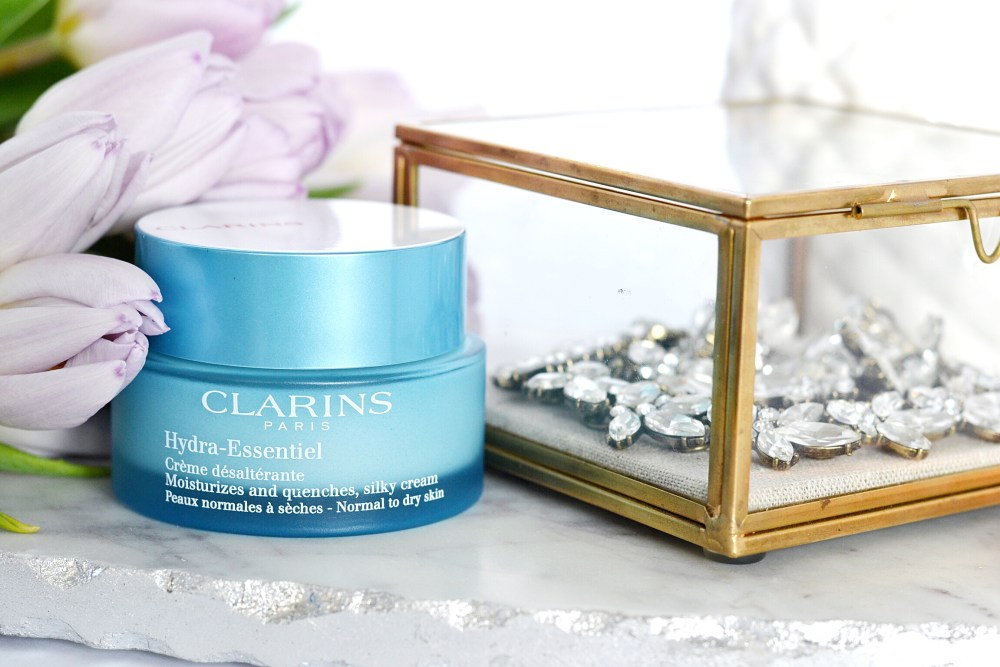 Canadian beauty blogger clarins hydra-essentiel