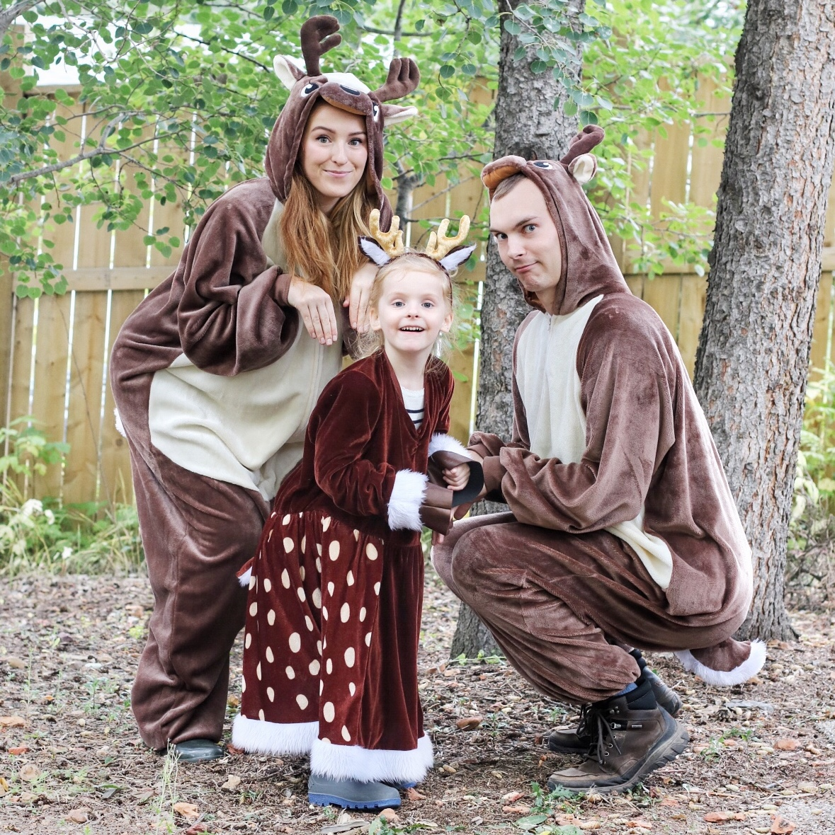 Halloween Costume Ideas For Family Of 3.3 Amazing Family Halloween Costume Ideas Last Minute Honey