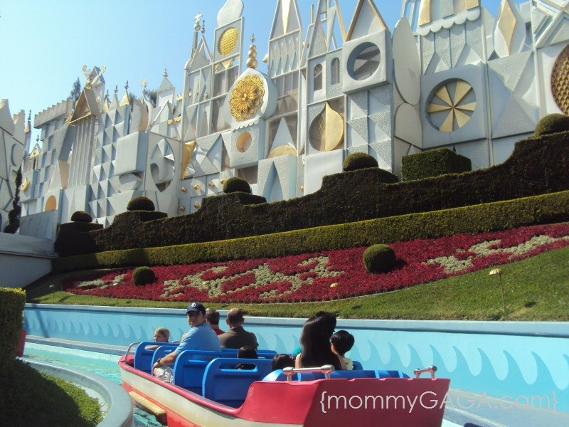 Disneyland It's A Small World ride - best days to go to Disneyland CA