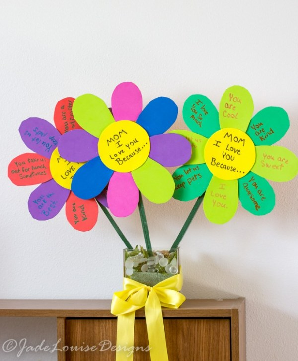 Cute Mothers Day ideas - I love you because flower craft