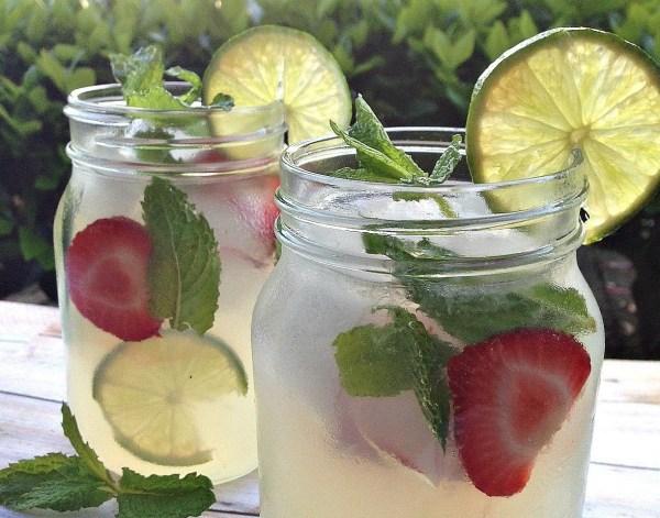 Vodka mint lemonade summer cocktail