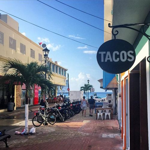 Cuatro Tacos Restaurant, San Miguel, Cozumel, Mexico, honey+lime