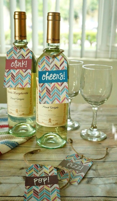 DIY Printable Wine Bottle Gift Tags - these are so cute, perfect to bring to a dinner party or serve while entertaining!