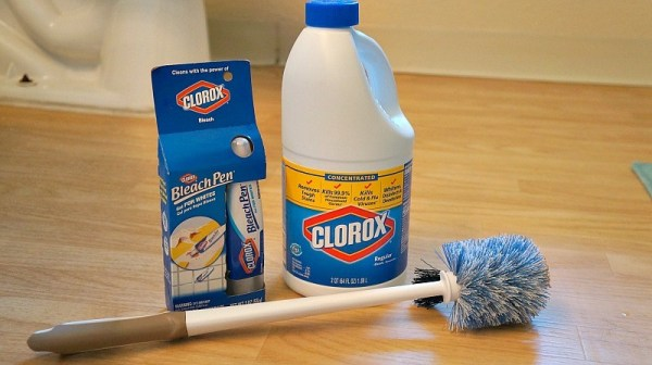 clean-your-bathroom-and-the-whole-household-with-clorox-regular-bleach