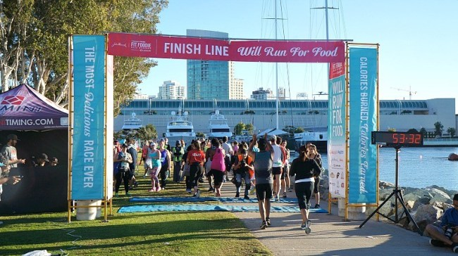 steps-to-maintain-a-healthy-lifestyle-finish-line-at-the-fit-foodie-run