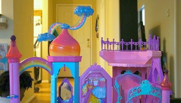 Cloud spinner at the top of the The Barbie® Rainbow Cove™ Princess Castle Playset