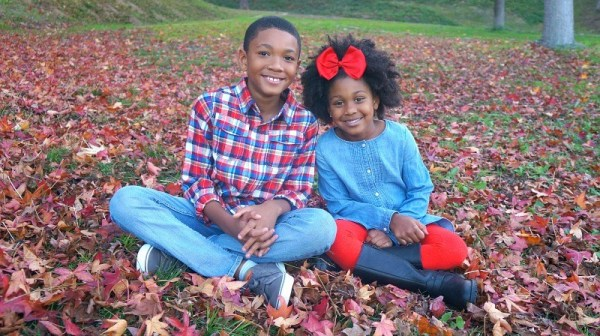 Super cute kids holiday photo shoot