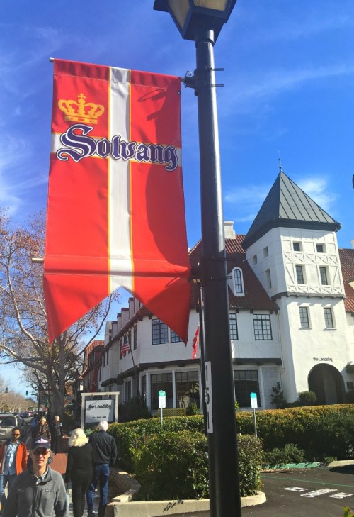 Visit Solvang, CA - Planning a day trip to Solvang California, a small Danish village | Solvang day trip | day trip to solvang from los angeles | solvang walking tour map | Solvang itinerary | Solvang CA things to do | things to do in Solvang California | honeyandlime.co