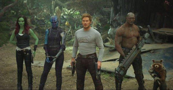 Guardians of the Galaxy Vol 2 photo, Gamora, Nebula, Star Lord, Drax, Rocket