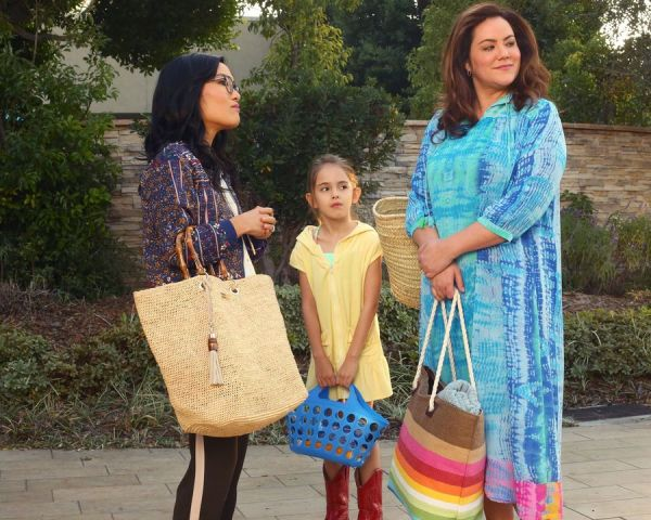 ABC American Housewife episode 114, The Club, Ali Wong, Julia Butters, Katy Mixon