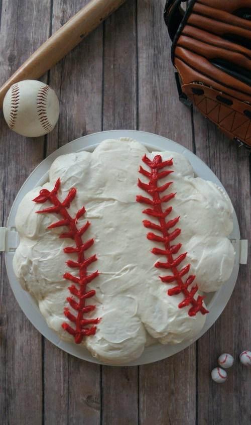 Baseball Cupcake Ideas- How To Make a baseball cupcakes cake