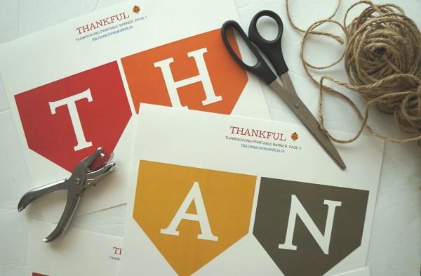 THANKFUL diy thanksgiving banner materials