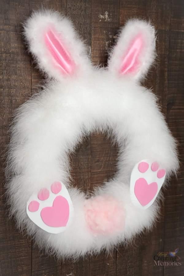 DIY-Fluffy-easter-bunny-wreath