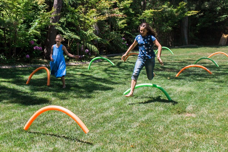 Outdoor game ideas - Pool noodle Olympic hurdles, The SITS Girls