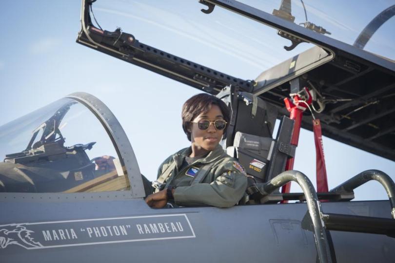 Captain Marvel pictures, pilot Maria Rambeau Lashana Lynch