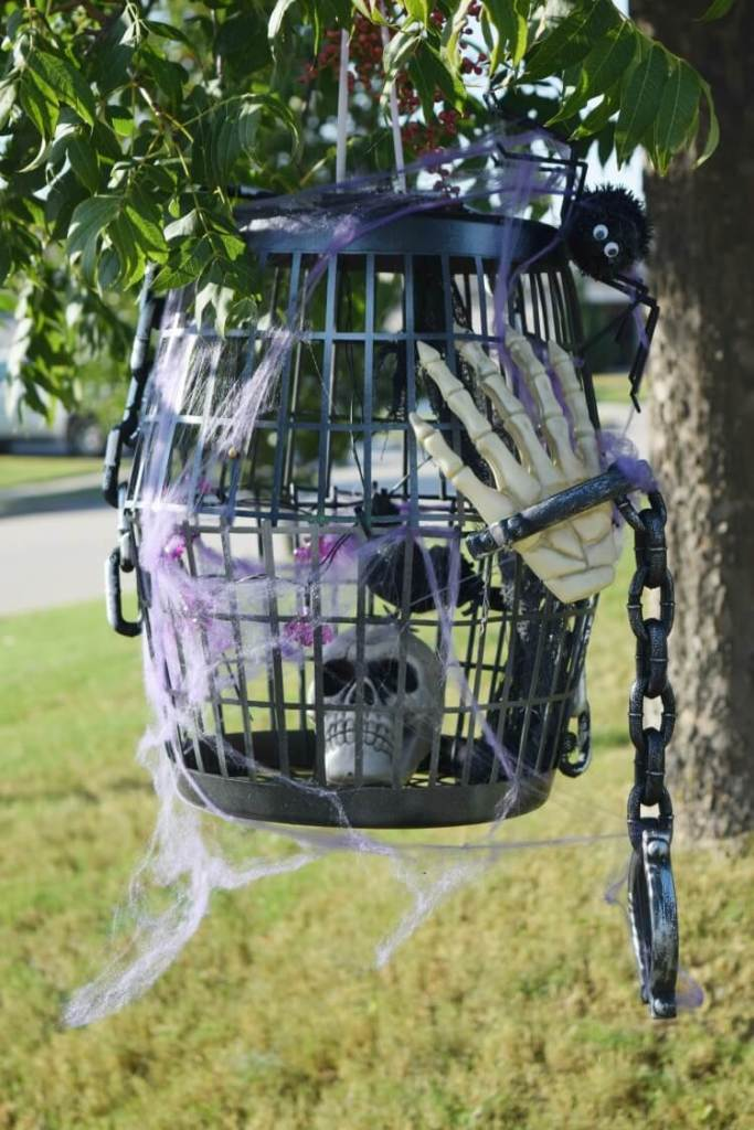 DIY dollar store Halloween bird cage, The Tip Toe Fairy