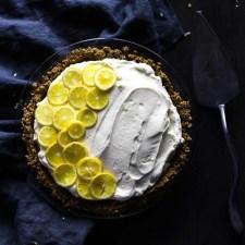 Creamy lemon chiffon pie