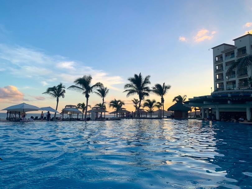 Hyatt Ziva Los Cabos All-Inclusive Resort, Infinity pool at dusk