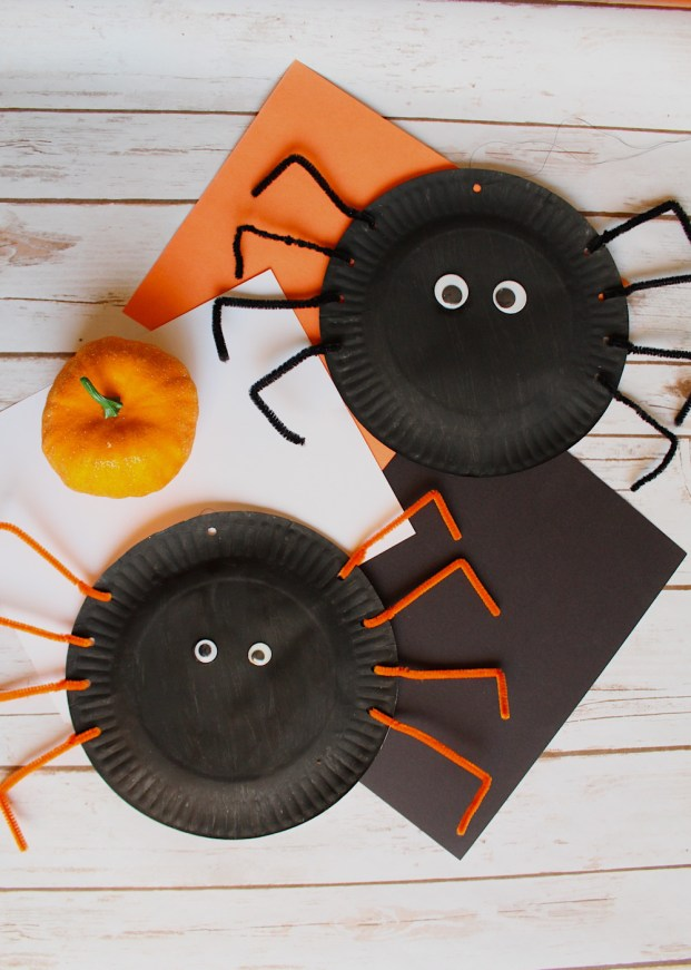 Halloween Paper Plate Spider Craft for Kids