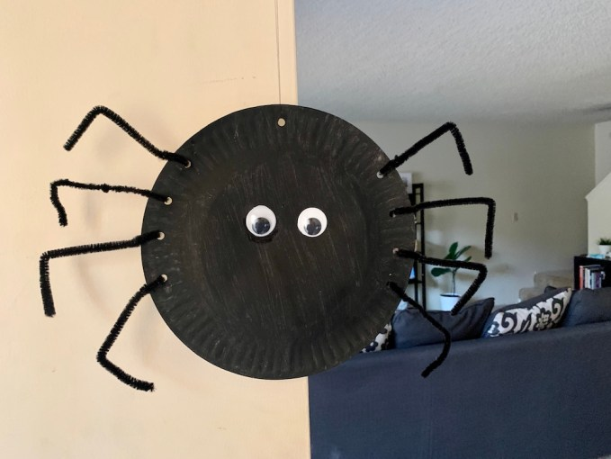 Hanging paper plate spider craft for kids
