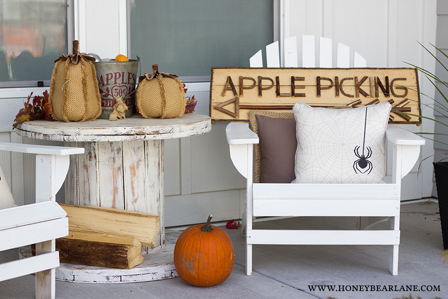 front-porch-decor-halloween