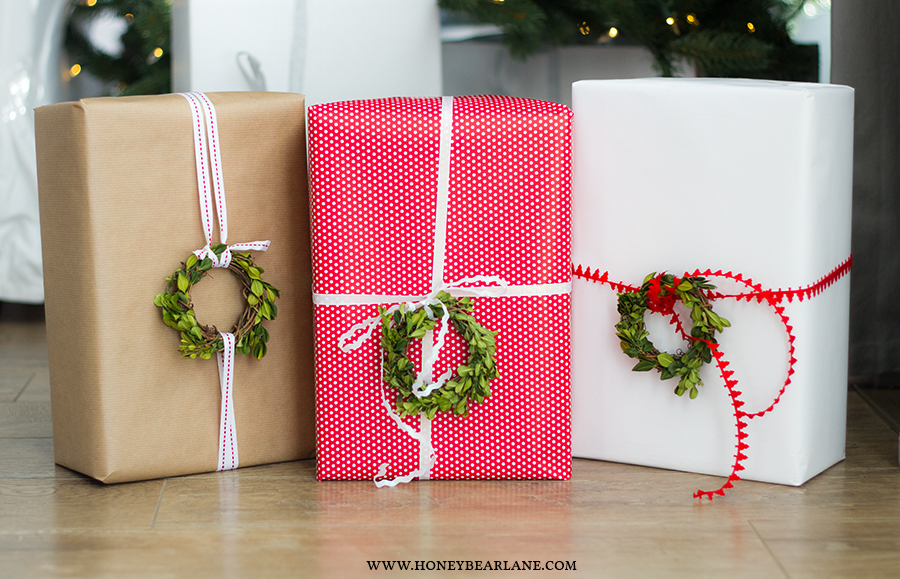 boxwood-wreath-gifts
