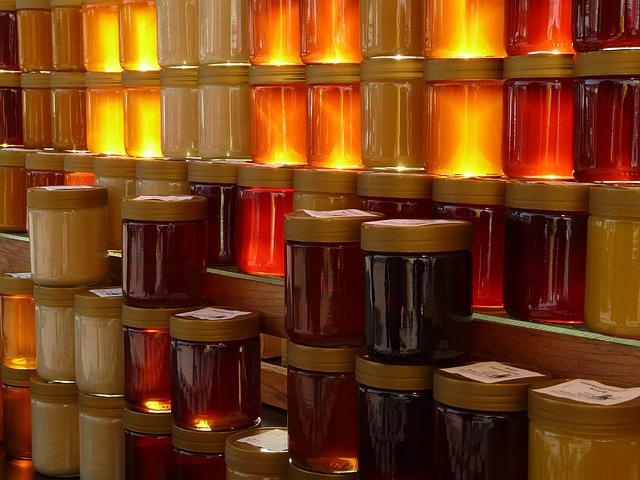 Honey of many colors. Pixabay photo